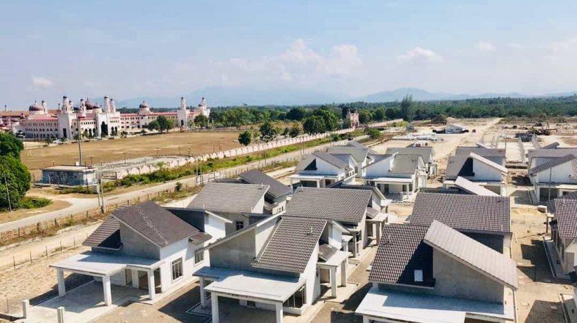Rumah Banglo Untuk Dijual Di Kg Raja Besut - Taman Koperat Putera